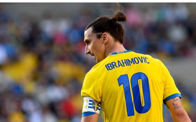 (Video) Zlatan Ibrahimovic has hilarious reaction to being touched by defender