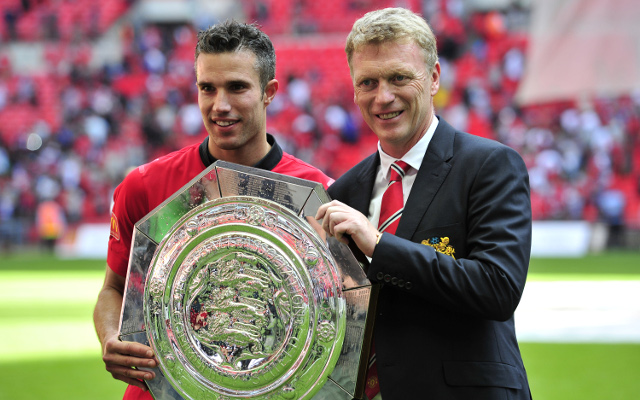 Van Persie thinks Manchester United can win Premier League under Moyes
