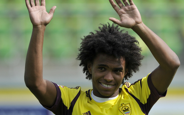 Willian on verge of completing £30m club record Tottenham move