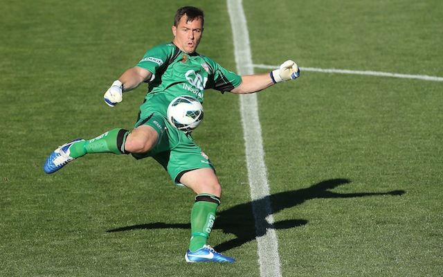 Danny Vukovic signs new three-year deal at Perth Glory