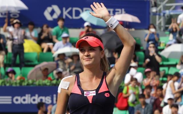 Agnieszka Radwanska comes from behind to win Korean Open