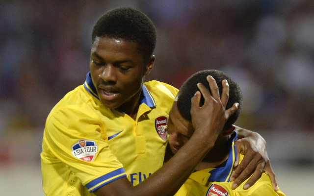 (Video) Arsenal wonderkid scares teammate