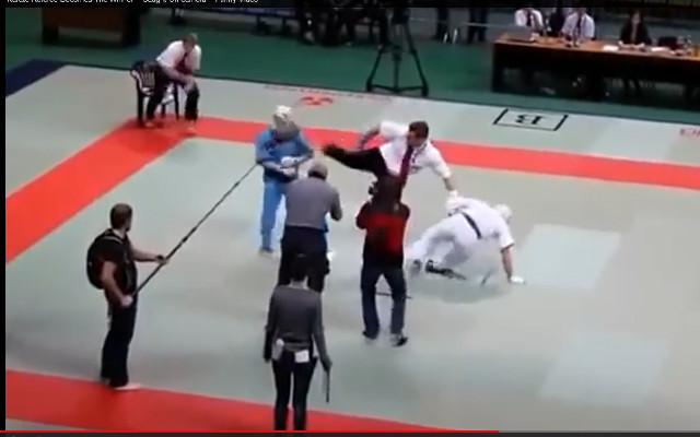 (Video) Karate judge becomes the winner
