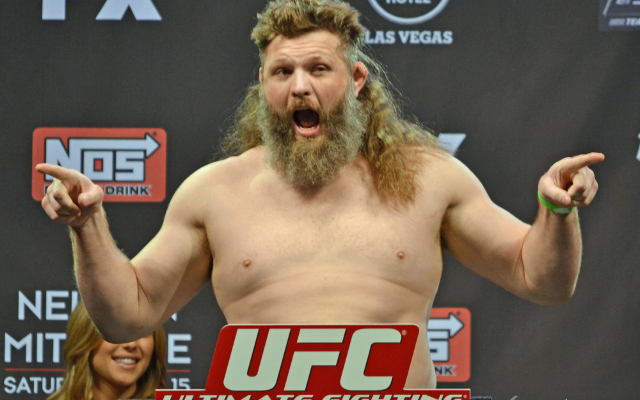Dana White wants Roy Nelson's beard shaved off