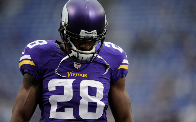 Adrian Peterson plays in Vikings loss despite pain of son's death
