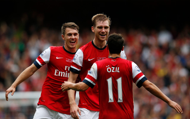 (Video) Wow – Arsenal star Per Mertesacker goes crazy at Mesut Ozil for not thanking fans