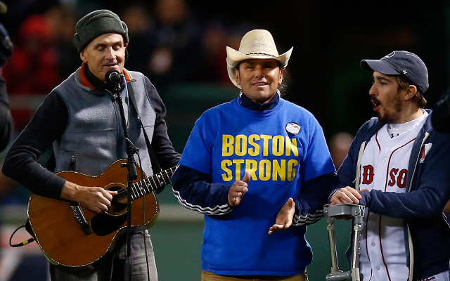 Red Sox honour victims of Boston Marathon bombings