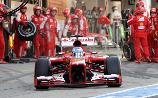 Fernando Alonso plays down talk of a rift in Ferrari Formula One team