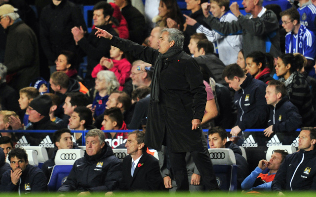 (Video) Mourinho's crazy reaction to Torres' late winner for Chelsea against Man City