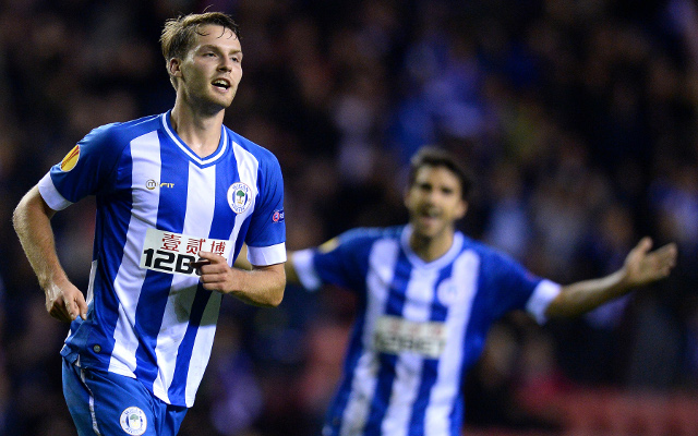 (GIF) Man United loanee Nick Powell scores amazing solo golazo for Wigan