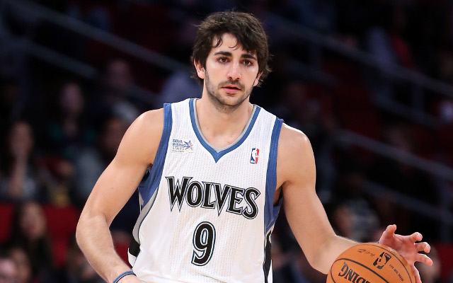 (Video) Ricky Rubio's amazing spinning pass in NBA pre-season game