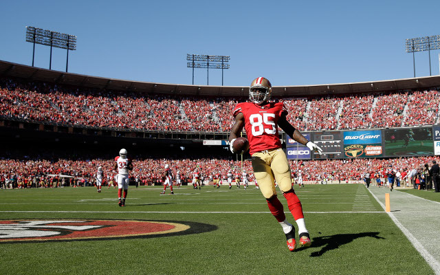 "NFL news: Vernon Davis says San Francisco 49ers ""must win a Super Bowl"""