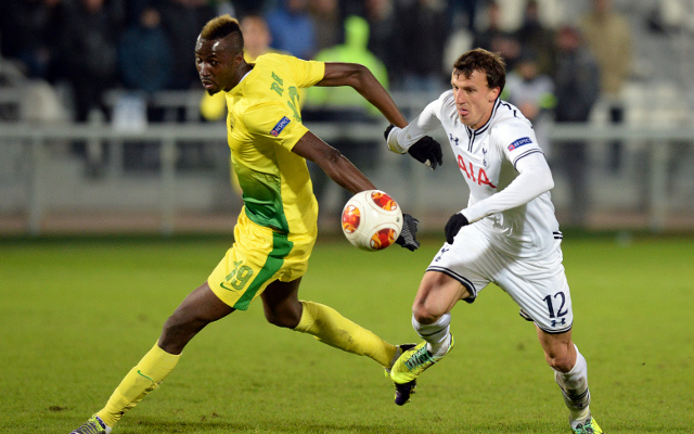 (GIF) Tottenham defender Vlad Chiriches with audacious piece of skill
