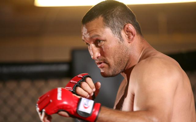 (Video) UFC Fight Night 32: Vitor Belfort v Dan Henderson weigh-in