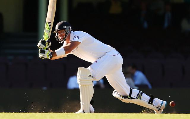 Kevin Pietersen scores 57 to dispel knee injury fears