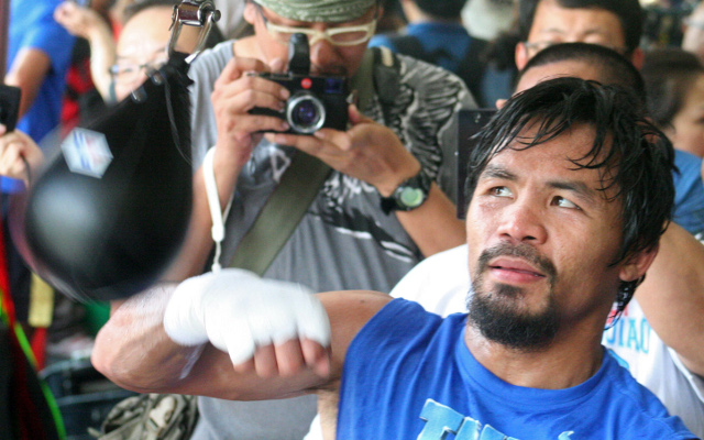 "(Video) Boxing news: Manny Pacquiao accuses Floyd Mayweather of being ""scared to lose"""