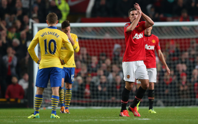 (Image) Manchester United troll Arsenal with RVP knee slide picture