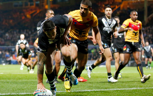 Sonny Bill Williams' hat-trick sparks Kiwis to big World Cup win