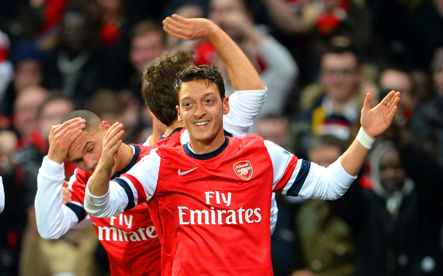 (Image) Arsenal club record signing Ozil treats girlfriend to night of pasta, pizza and love