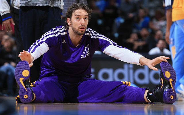 Los Angeles Lakers star Pau Gasol to have MRI on ankle injury