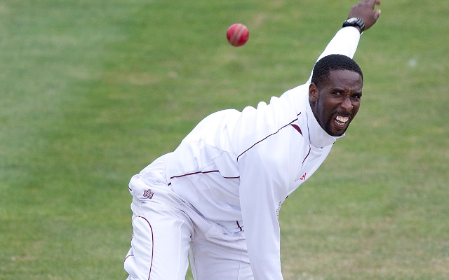 West Indian spinner Shane Shillingford banned by ICC for an illegal action
