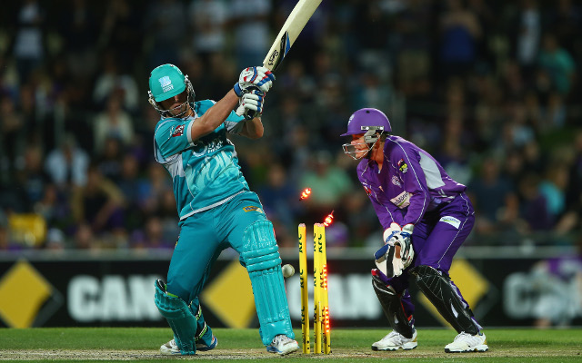 Big Bash T20 score update: Hobart into semi-finals after 40-run win over Brisbane