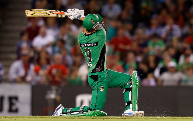 Big Bash League: Melbourne Stars captain Cameron White joins crosstown rivals Melbourne Renegades