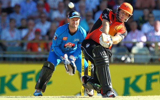 (Video) Big Bash League highlights: Craig Simmons scores a century off just 39 balls