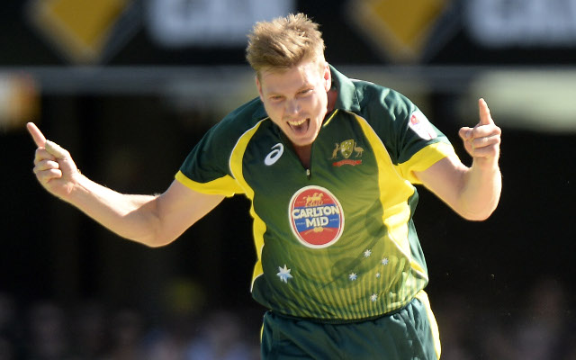 James Faulkner scores 25 runs in 7 balls to see Australia beat England by 1 wicket