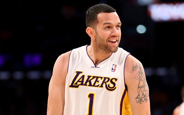 Los Angeles Lakers injury news: Jordan Farmar out with a torn hamstring