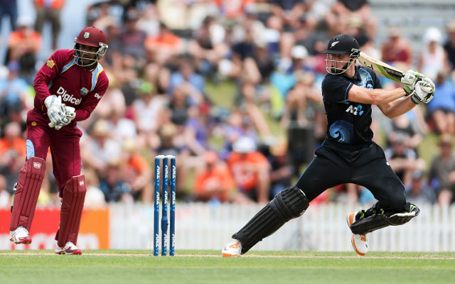 Martin Guptill makes 81 to lead his side to 285 against West Indies
