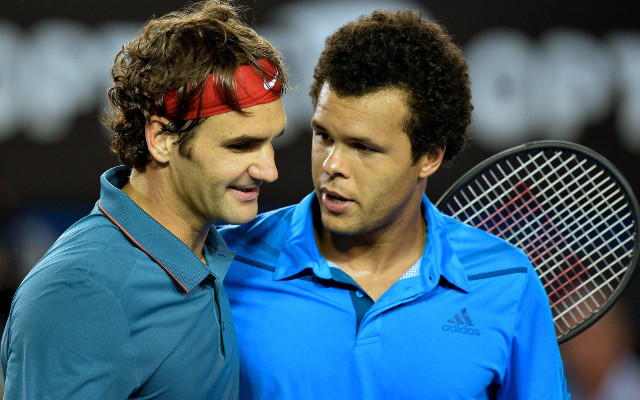 Roger Federer beats Jo-Wilfried Tsonga to reach Australian Open quarter-finals