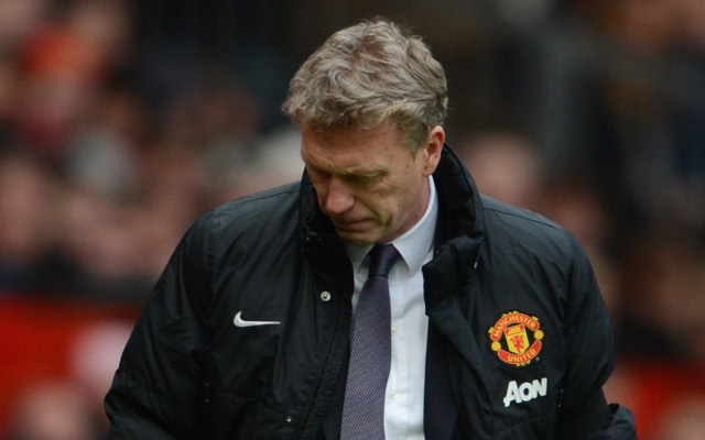 (Image) David Moyes' 'Chosen One' banner removed from Old Trafford after Man United sacking