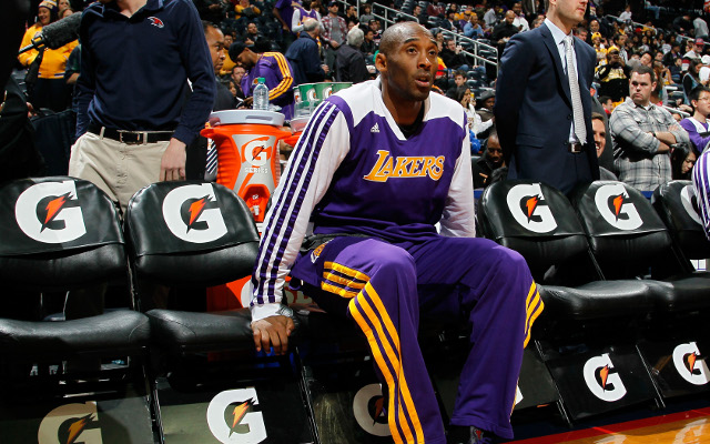 Kobe Bryant injury latest news: Los Angeles Lakers star out three more weeks