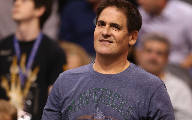 "Dallas Mavericks owner Mark Cuban issues warning to ""greedy"" NFL"