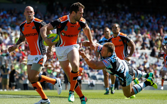 (Video) 2014 NRL Auckland Nines: Wests Tigers v Cronulla Sharks – full highlights