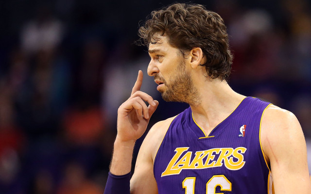 Los Angeles Lakers news: Pau Gasol to have MRI on groin injury