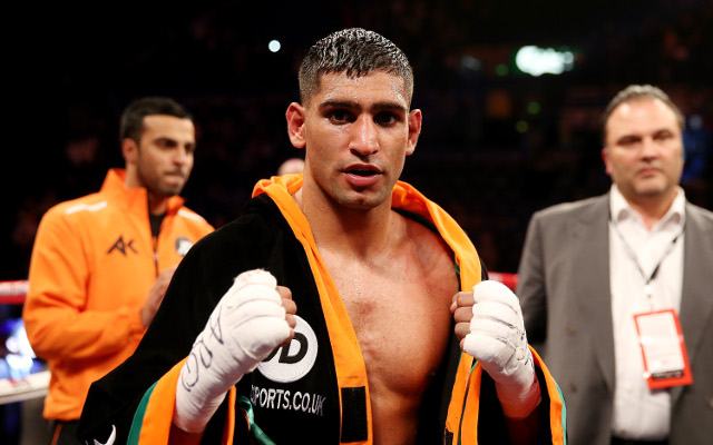 Amir Khan confirms he will fight Luis Collazo on Mayweather-Maidana undercard