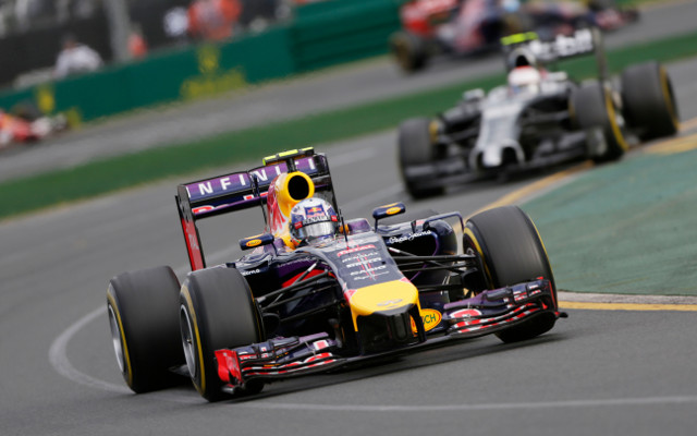 Fernando Alonso hails Australian Daniel Ricciardo as 'unbelievable' after German F1 duel