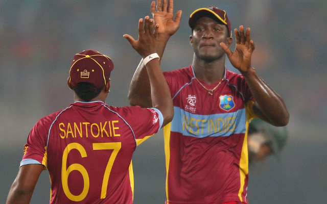 (Video) West Indies' Darren Sammy straight bowls India captain MS Dhoni with brilliant yorker – could this be the crucial wicket?