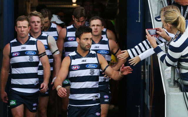 (Video) Geelong Cats stars take on Ice Bucket Challenge using AFL premiership cups