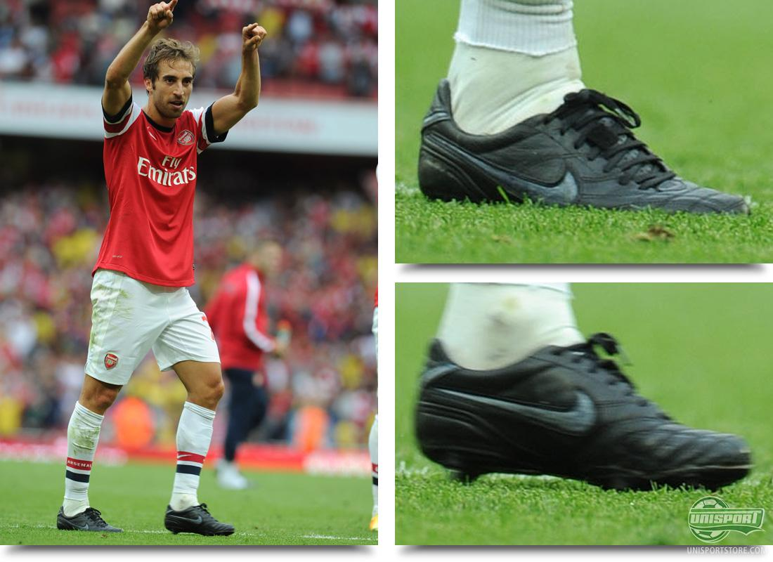 Arsenal Mathieu Flamini colours in his own boots