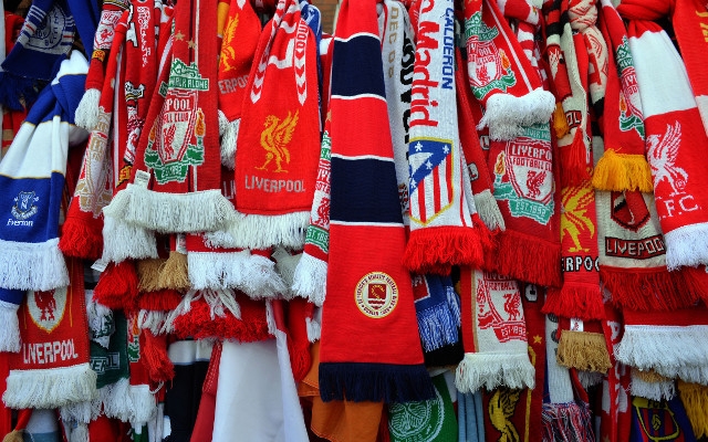 Arsenal, Chelsea and Pepe Reina among those paying tribute to the 96 who lost their lives at Hillsborough