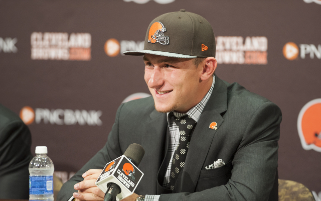 Cleveland Browns tell Johnny Manziel to start acting like a back-up quarterback