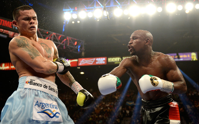 (Video) Mayweather vs Maidana 2: Head-to-head and final press conference