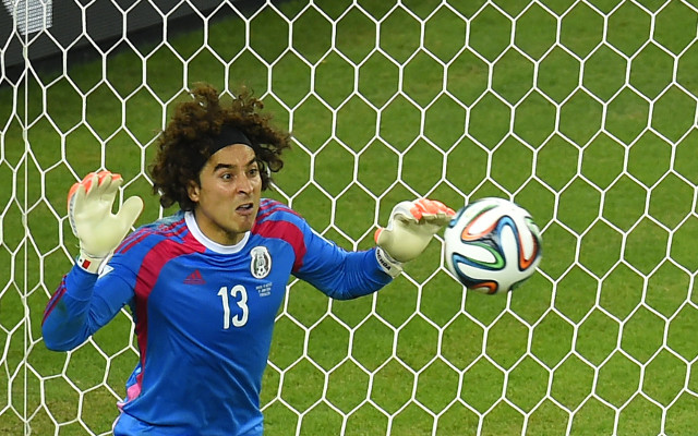 Liverpool hope to complete quick £3m deal for Mexican goalkeeper Guillermo Ochoa