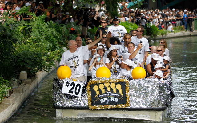 (Videos) San Antonio Spurs celebrate their NBA title in style with a river parade