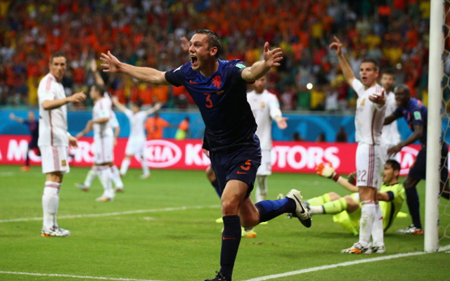 Manchester United set to seal £8m deal for Dutch World Cup star