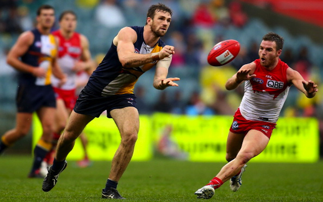 (Video) Is this the most bizarre rushed behind in the history of the AFL?