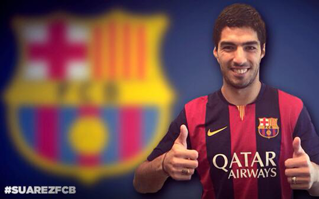(Image) Luis Suarez heads for first Barcelona training session